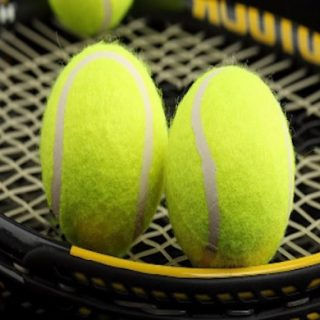 Tennis Bett Review